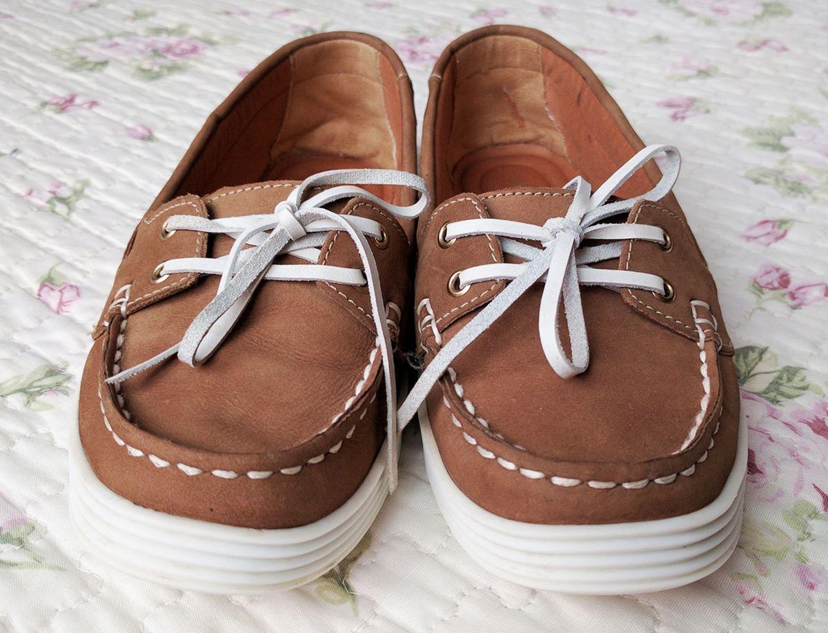 4eb2bcb0a mocassim nobuck arezzo marrom - sapatos arezzo.  Czm6ly9wag90b3muzw5qb2vplmnvbs5ici9wcm9kdwn0cy8xndg2nzevytdhyzgwzwzinjq4m2uxzti5nzg0mzc4ztkymmzkmzuuanbn