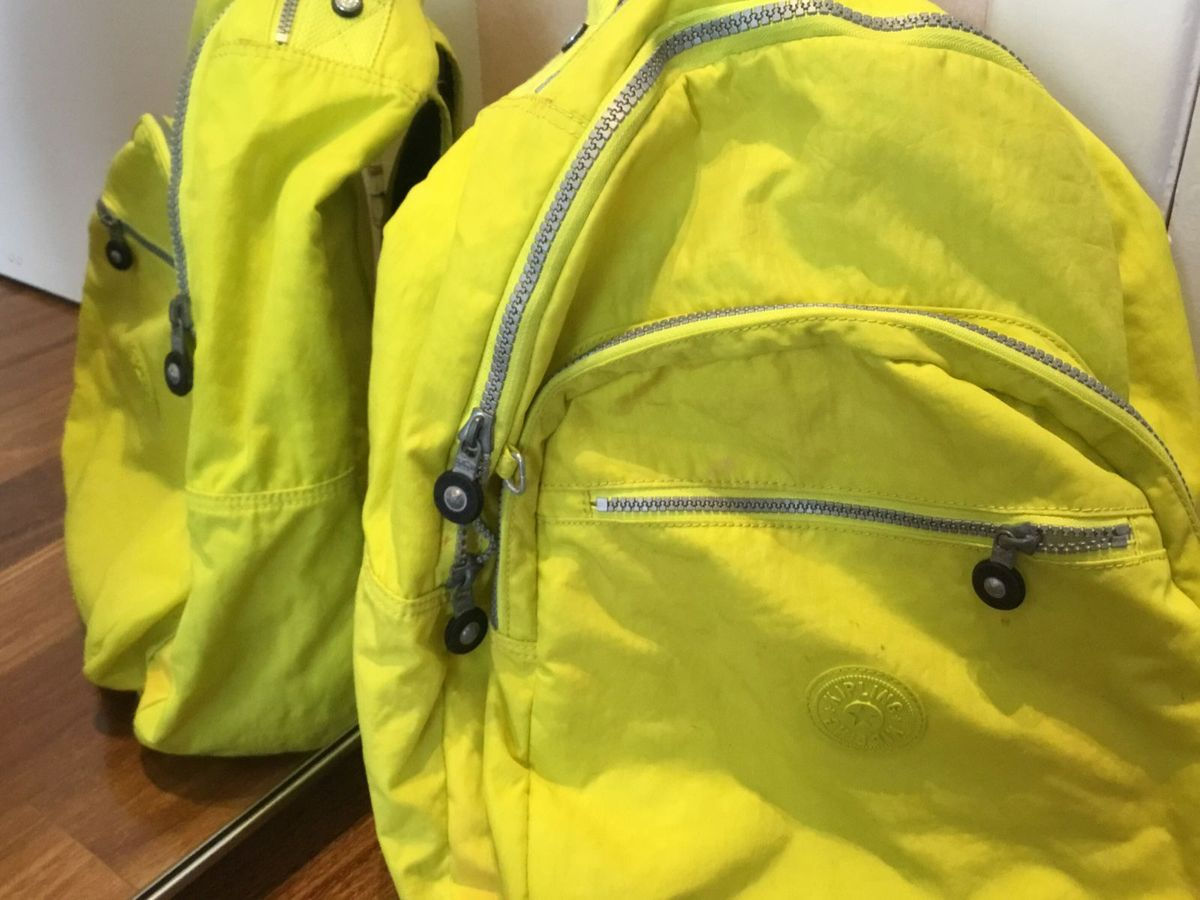 073c033bf mochila kipling amarela neon - ombro kipling.  Czm6ly9wag90b3muzw5qb2vplmnvbs5ici9wcm9kdwn0cy84mdu4odg5lzdlyjq0ndvinjvhyjm3ztq1mmfmyzyzmdk3ndm4owzjlmpwzw