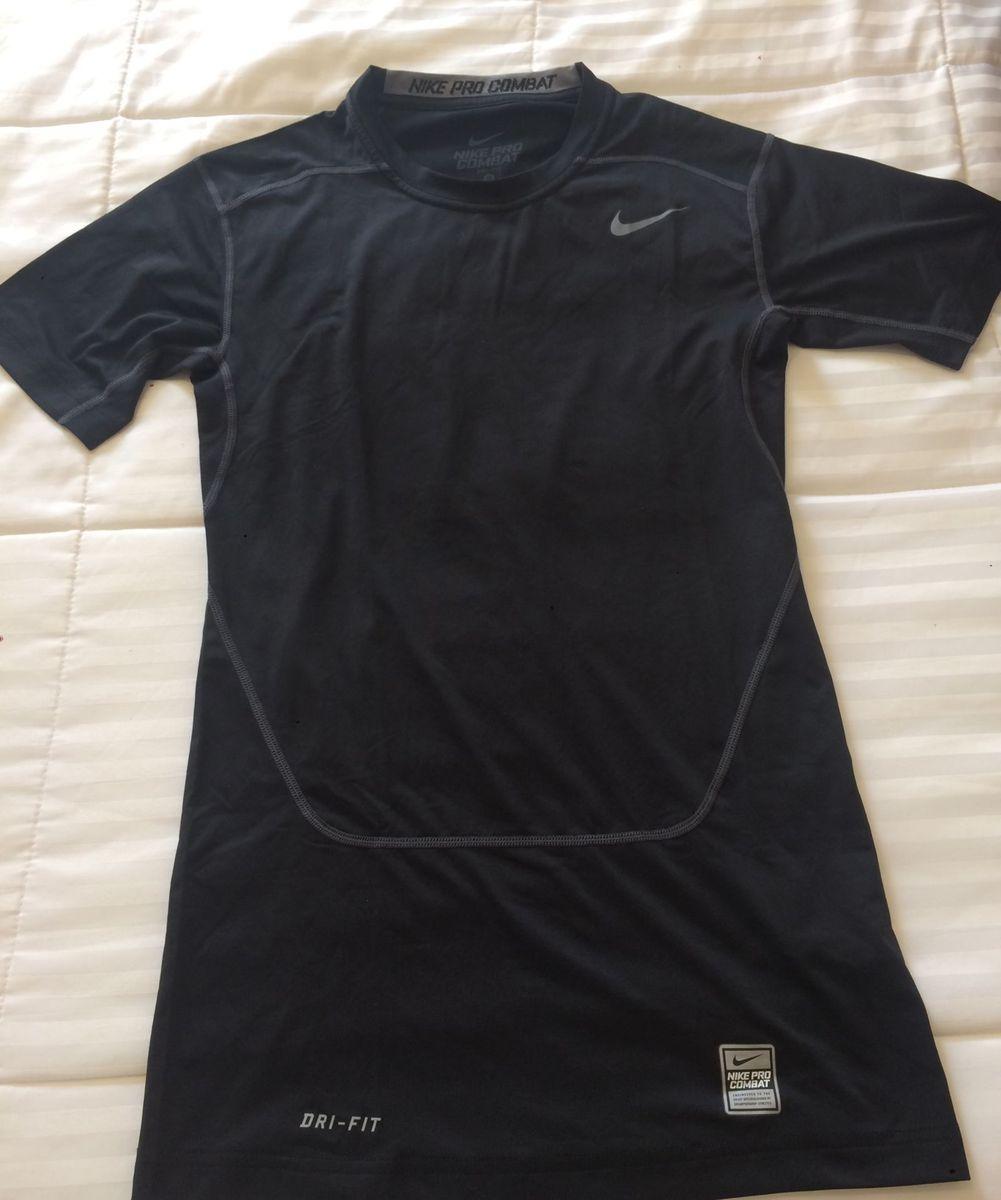 nike pro combat - camisetas nike.  Czm6ly9wag90b3muzw5qb2vplmnvbs5ici9wcm9kdwn0cy81mdyxodcvn2i4zmyyn2fjndi1ntnhmmq0njflzjq2ztq3odu3m2euanbn  ... f3a61bb7e4688