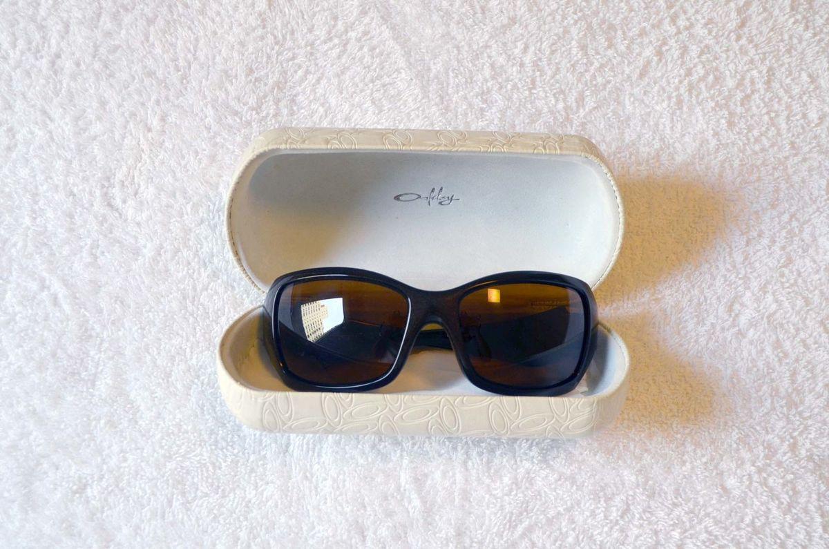 Oakley Feminino Necessity Polarizado   Óculos Feminino Oakley Usado ... 40d6bec7e8