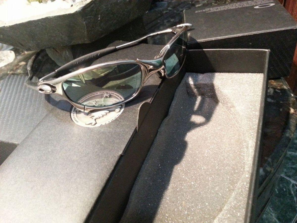 oakley juliet original top - óculos oakley.  Czm6ly9wag90b3muzw5qb2vplmnvbs5ici9wcm9kdwn0cy80mzg5njyvyjyxzwi5zwq2njnjotlhztrmmdi0mzjjmtuwnmq1njkuanbn  ... d1d8aed2c9