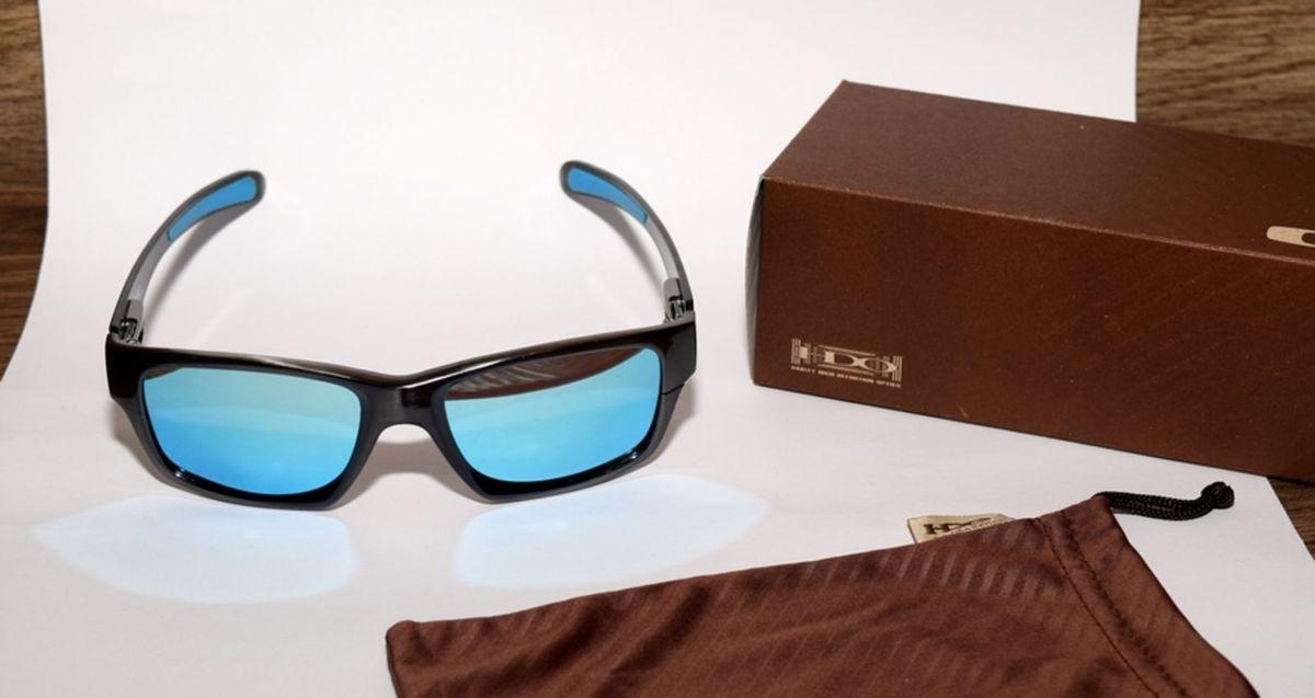 aeb59a8e5a oakley jupiter carbon grafite, lentes espelhadas azul polarizadas - óculos  oakley