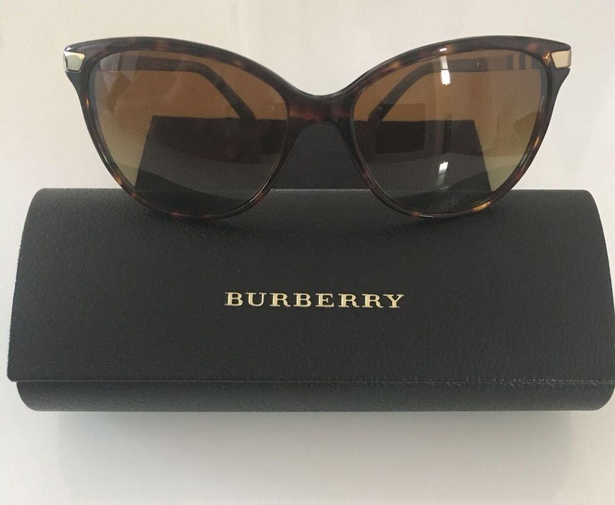 5c0b9627854f7 Óculos Armação Tartaruga Burberry.   Óculos Feminino Burberry Usado ...