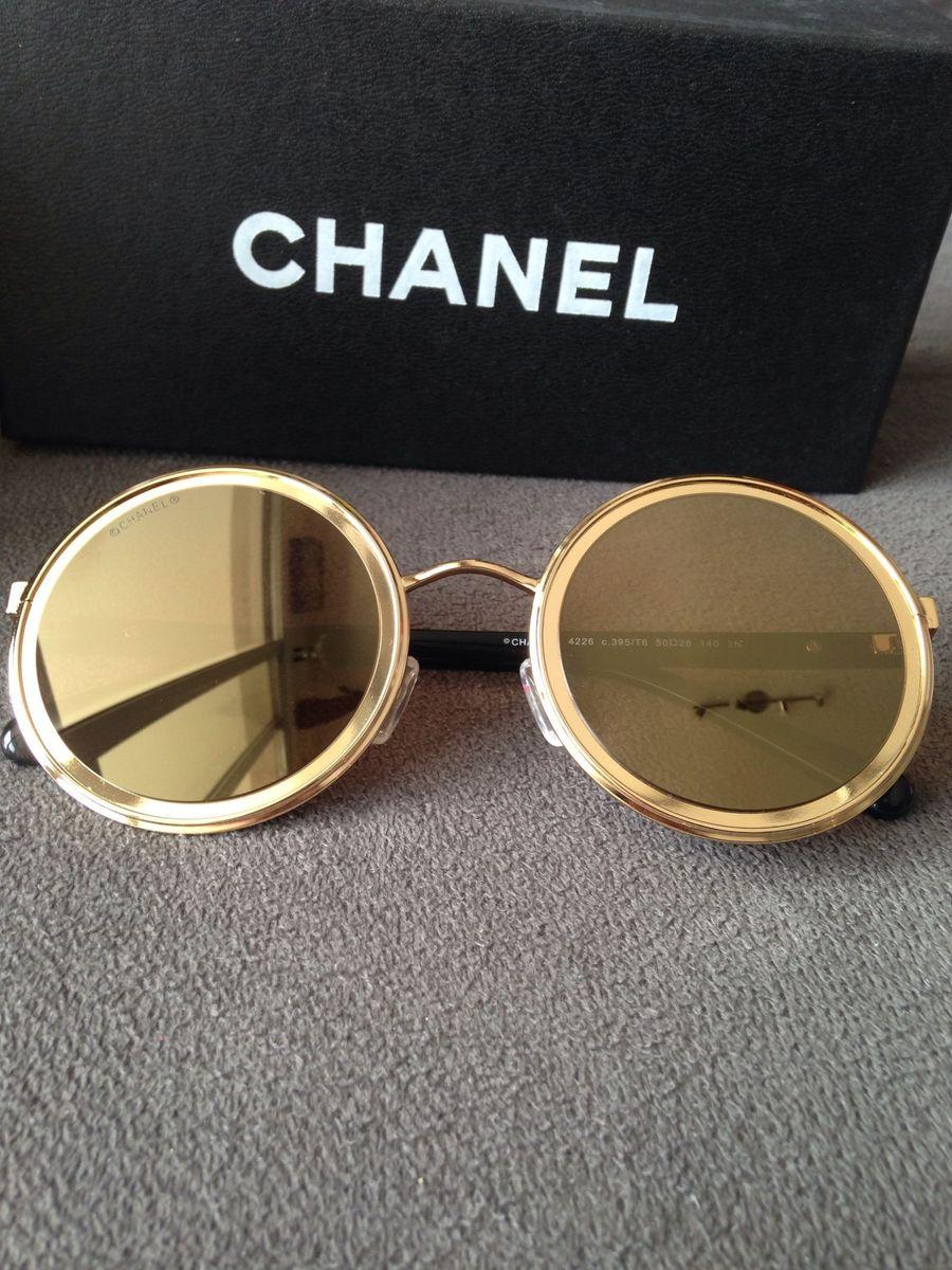 d24db175260b7 óculos chanel redondo dourado - óculos chanel.  Czm6ly9wag90b3muzw5qb2vplmnvbs5ici9wcm9kdwn0cy8zndq4mtmvmdk0ota5ywm4mmjjyjc1mwmzzji2yjiyodbmmmy5zgmuanbn  ...