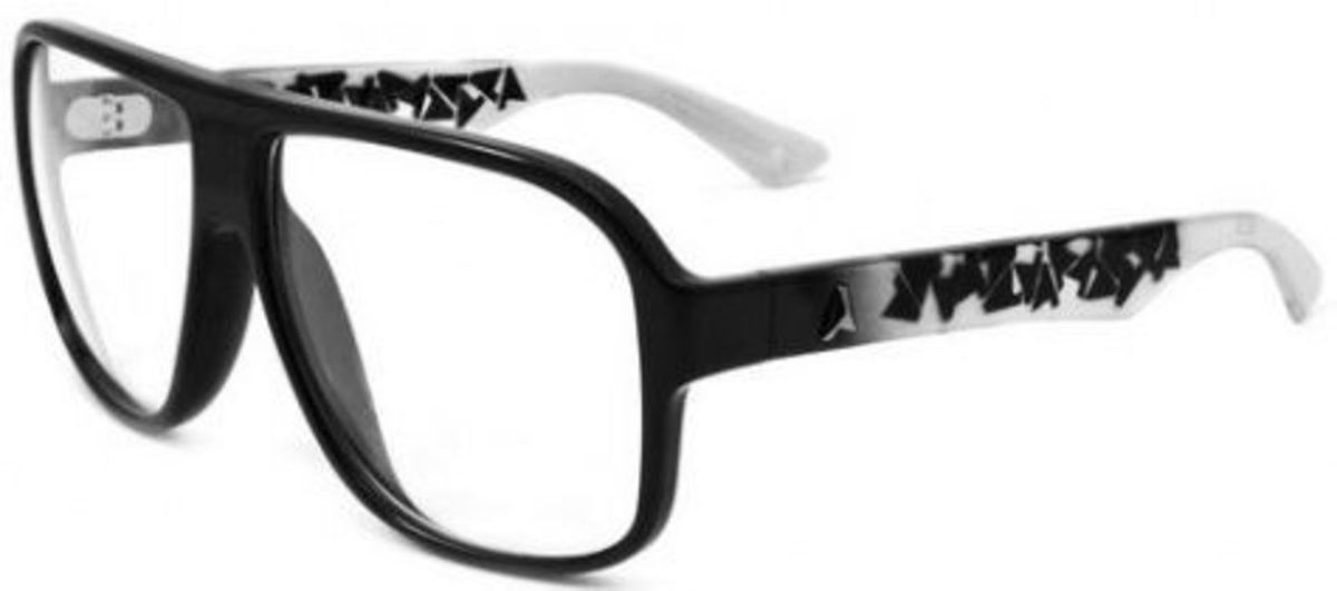 óculos de grau absurda calixtin - óculos sem marca.  Czm6ly9wag90b3muzw5qb2vplmnvbs5ici9wcm9kdwn0cy80nzg4otqvyjqzyjmzngzjmgq0yjq2zdgxyjdmmzjkyjhjzwnlowuuanbn  ... 093e20527b