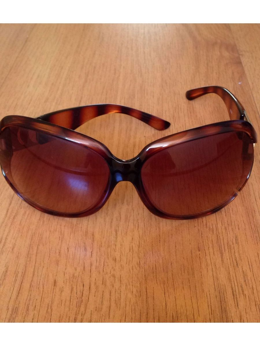 58c0e2d91fa40 óculos de sol arezzo - óculos arezzo.  Czm6ly9wag90b3muzw5qb2vplmnvbs5ici9wcm9kdwn0cy80mzgyndkvymuwyti0odhlytblm2e4mjgwogjindizodmwmtqzndeuanbn  ...