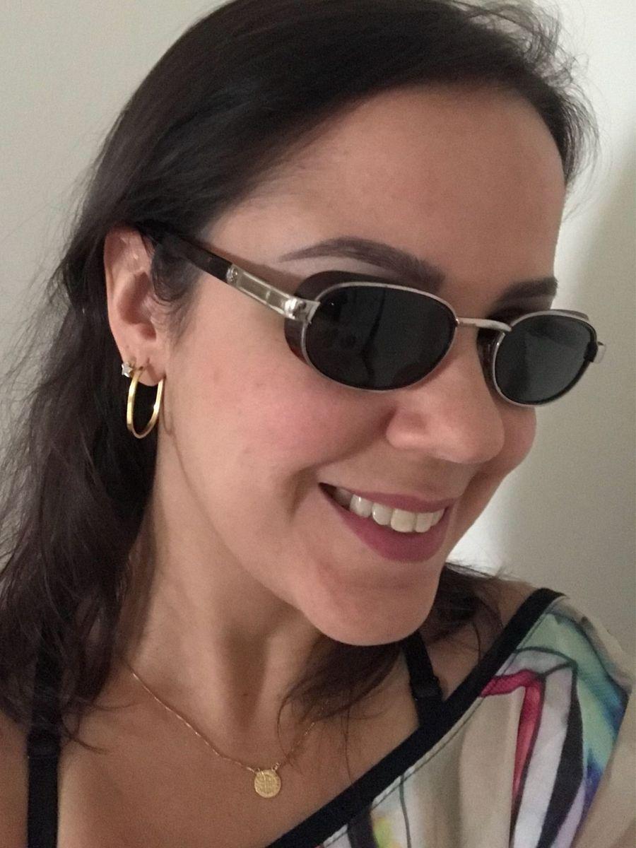 1afcf12f9 óculos de sol benetton - óculos benetton.  Czm6ly9wag90b3muzw5qb2vplmnvbs5ici9wcm9kdwn0cy82otk5njm1lzy2odeyzgmwnmmzowzmotu5mti5zdm2ywu3nda1zgrhlmpwzw