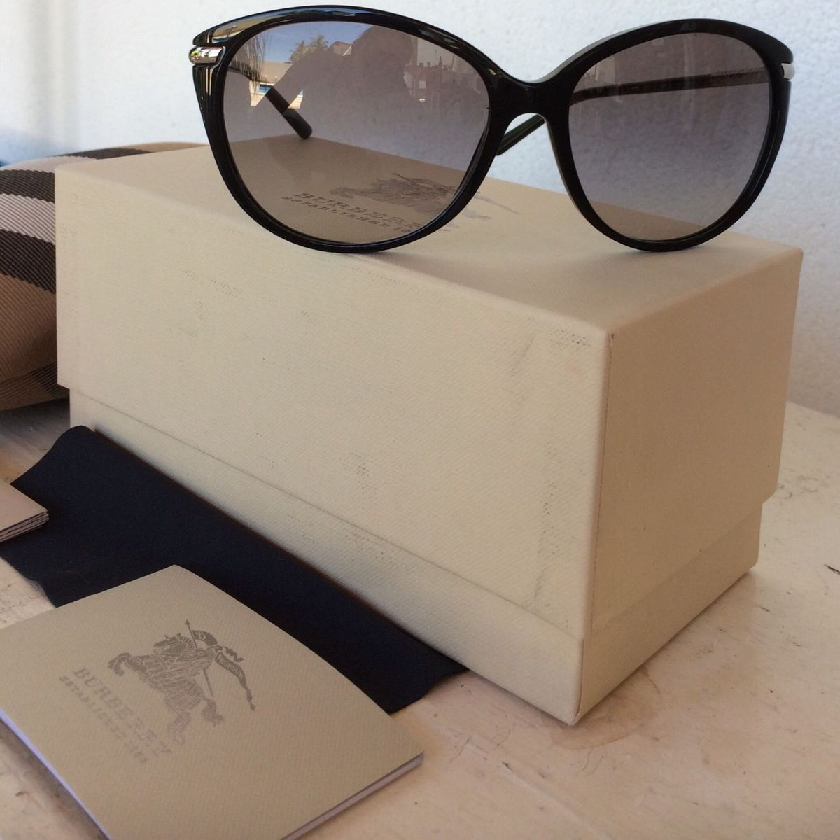 c17d25295 Óculos de Sol Burberry Lentes Degrade - Novo - Original