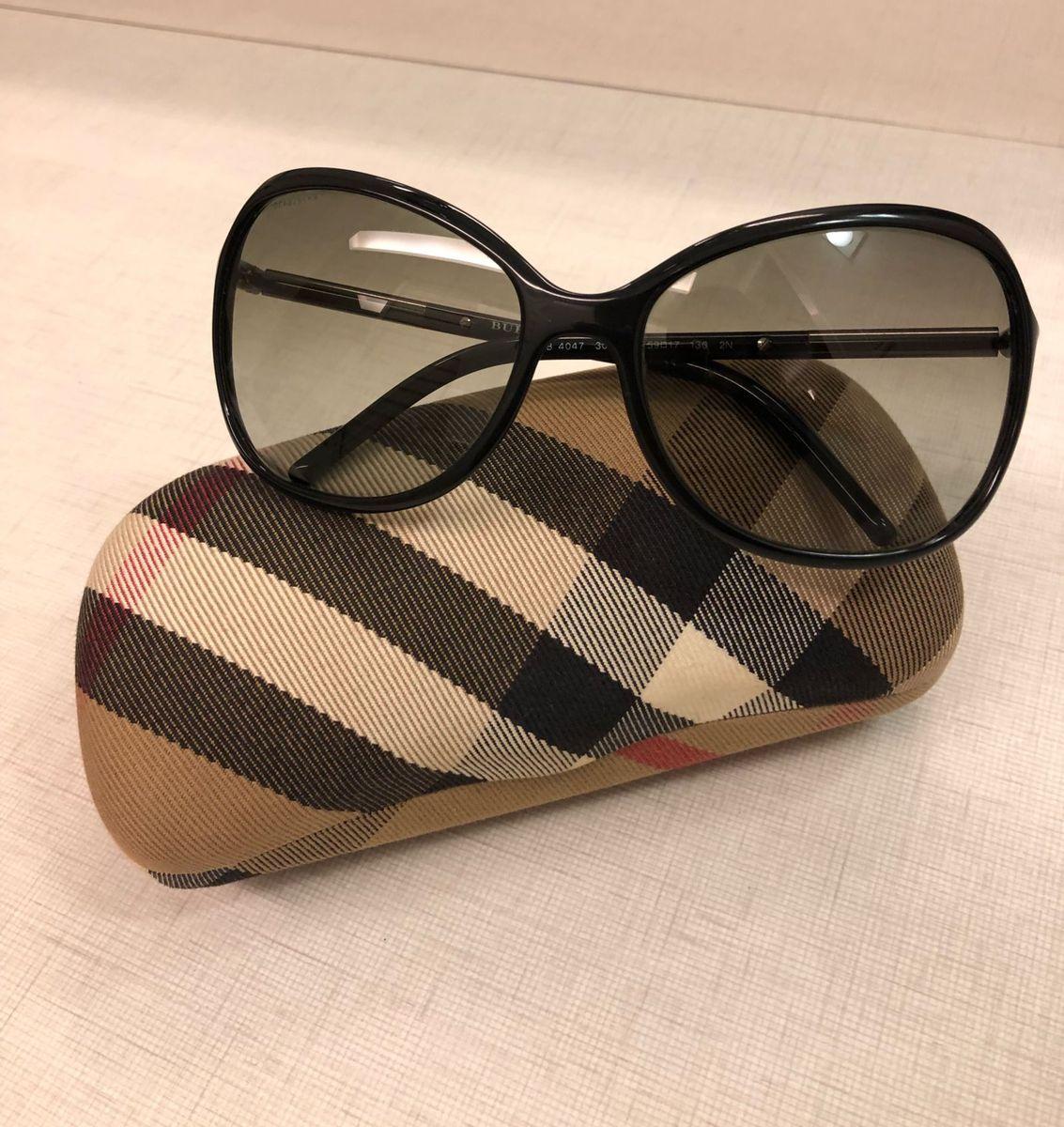 a38c67a1bd924 óculos de sol burberry - óculos burberry.  Czm6ly9wag90b3muzw5qb2vplmnvbs5ici9wcm9kdwn0cy8xmtqynji2lzdkzdjhoty5nwiymmfizjizownimdg3mdkxytllowrmlmpwzw  ...