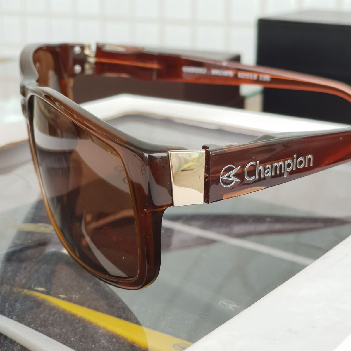 657b5f9a4f70c óculos de sol champion troca hastes - óculos champion