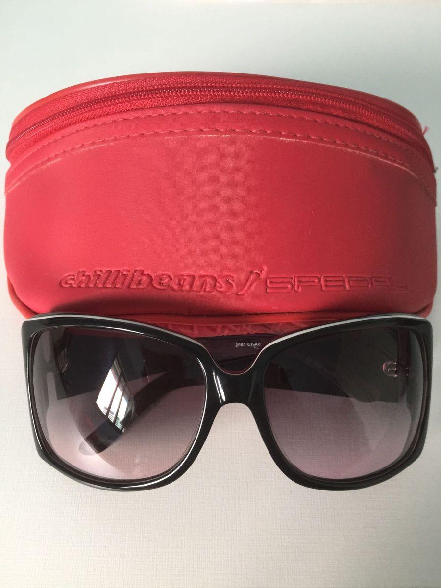 7d323e140 óculos de sol chilli beans original com lenço e capa também originais roxo  e preto -