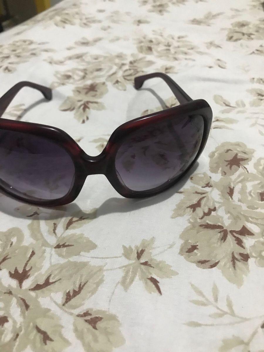 257c820a1 oculos de sol chilli beans - óculos chilli beans.  Czm6ly9wag90b3muzw5qb2vplmnvbs5ici9wcm9kdwn0cy83odg3mjiwlzblmzgyzwu2ndiwn2m2zmm1mzfindm0yzzintvizjyzlmpwzw