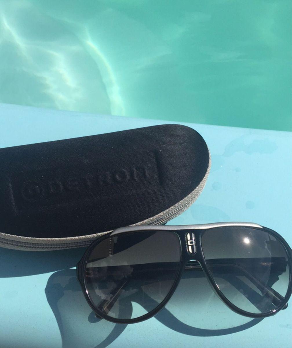 bb2553cf6fc92 óculos de sol degradê detroit - óculos detroit.  Czm6ly9wag90b3muzw5qb2vplmnvbs5ici9wcm9kdwn0cy82mzi1nze0lzi2ngm3mmfizwfkm2exnwrhmmnlm2u5m2jiyjmwodm2lmpwzw  ...