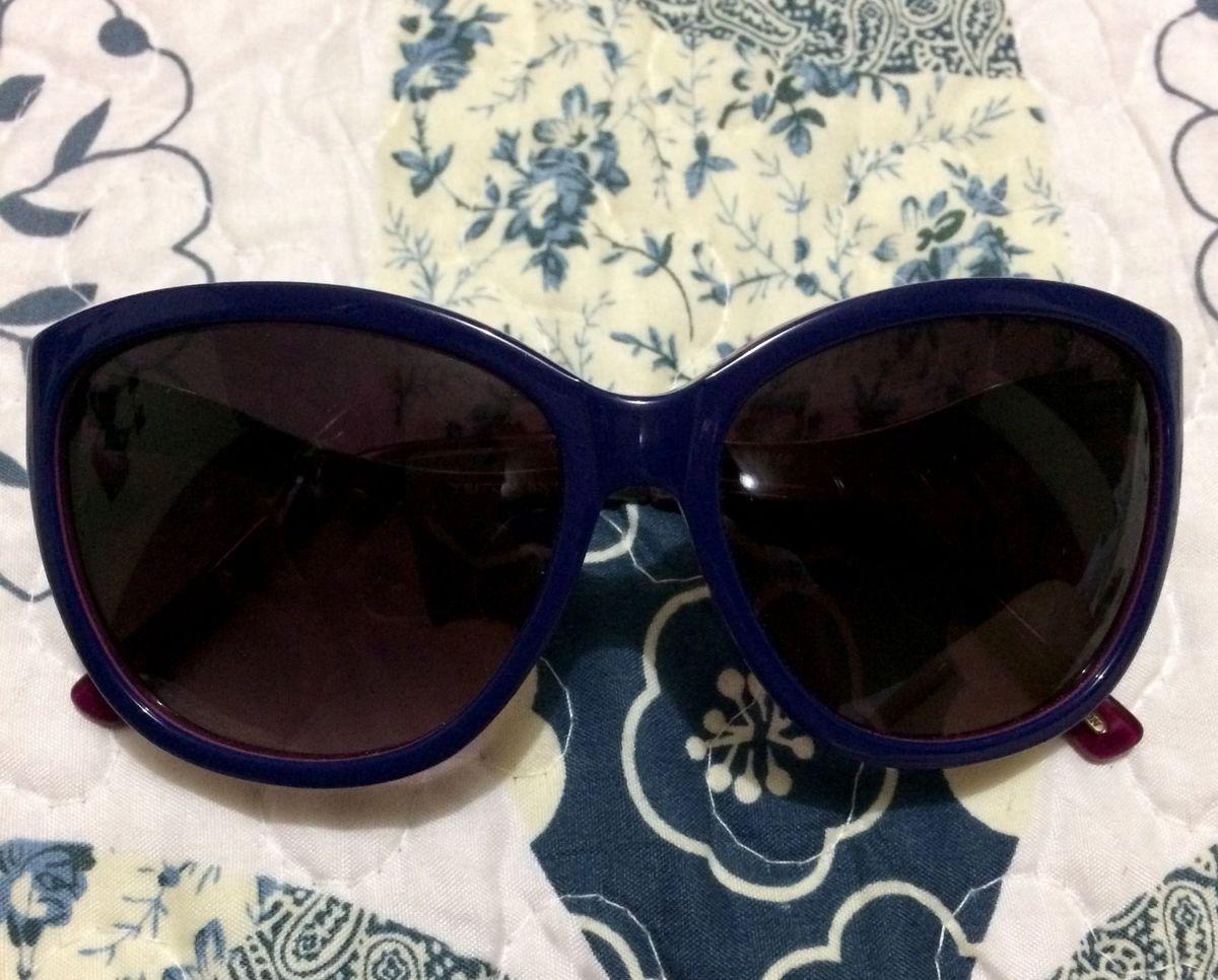 de165996a Óculos de Sol Estilo Gatinho Triton   Óculos Feminino Triton Usado ...