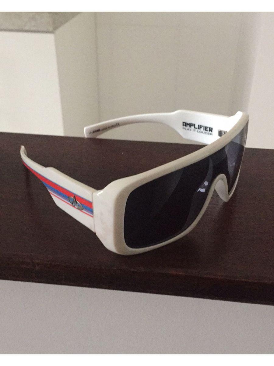óculos de sol evoque amplifier - óculos evoque.  Czm6ly9wag90b3muzw5qb2vplmnvbs5ici9wcm9kdwn0cy82odczmjm4lzflzthjmdjmztnmnjbkyzbhnmzjn2nmowexn2uynmjklmpwzw  ... ccf5c0609d