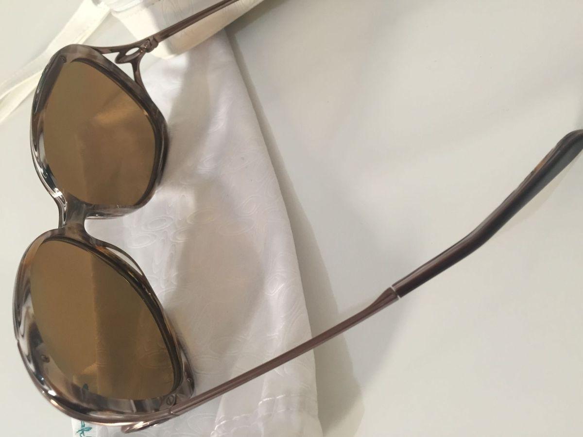 fc0627ce4e936 Óculos de Sol Feminino Oakley - Changeover   Óculos Feminino Oakley Usado  2711282   enjoei