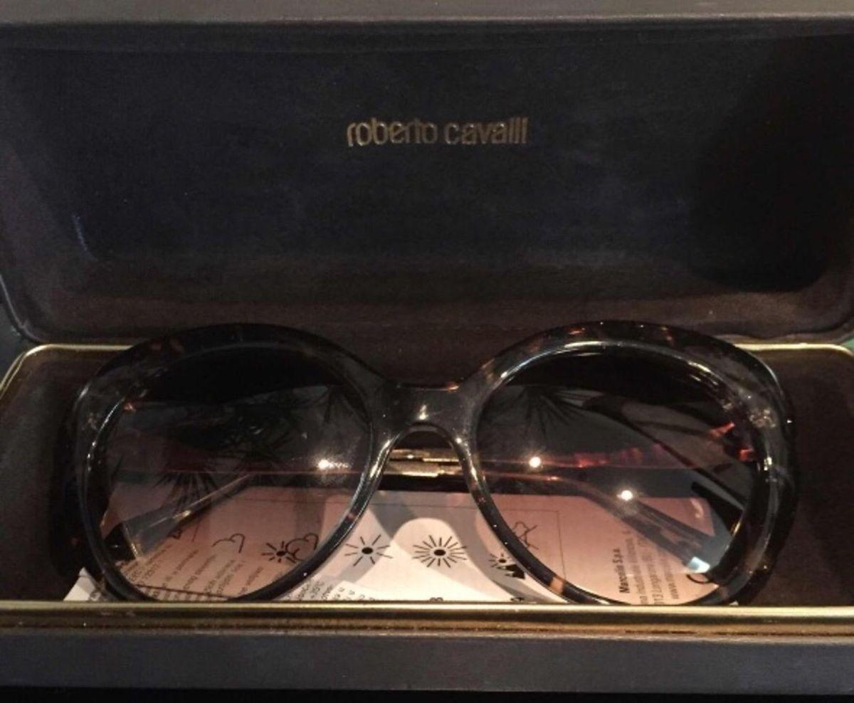 Óculos de Sol Feminino Roberto Cavalli   Óculos Feminino Roberto ... 66f3656609