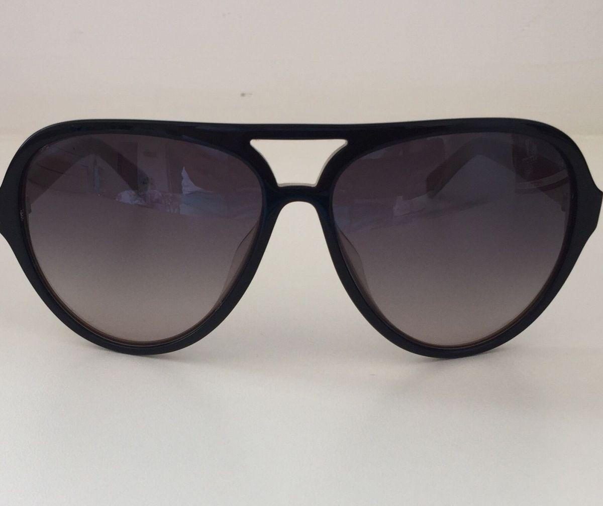 07d15891e4c91 óculos de sol fóssil - óculos fóssil.  Czm6ly9wag90b3muzw5qb2vplmnvbs5ici9wcm9kdwn0cy81mzuynzkyl2jhzta2zjeyowy4ytuwyjy0zdmxmjc0mdlkntfizjq2lmpwzw  ...
