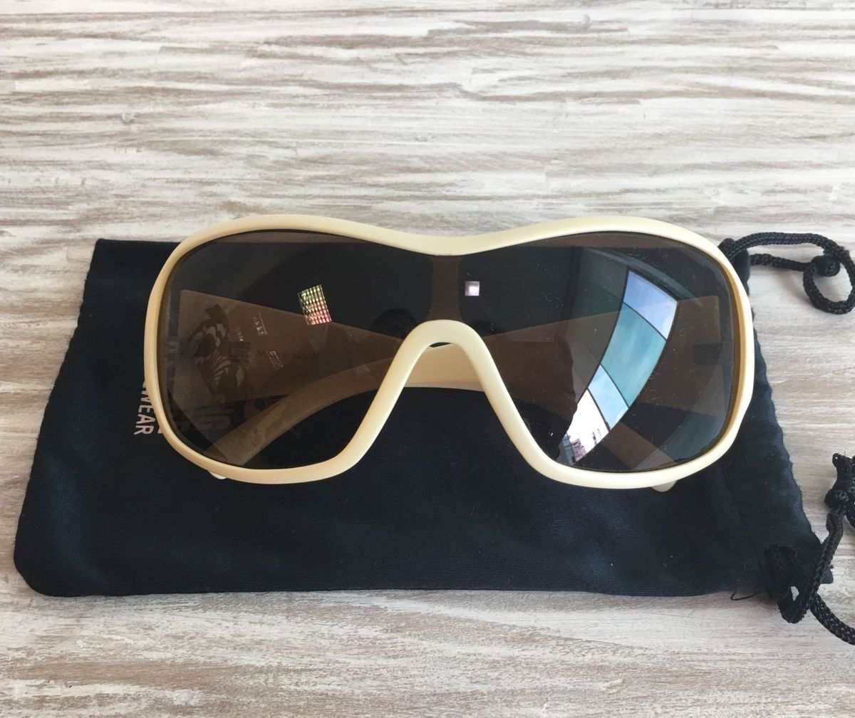 d891ed620 óculos de sol hang loose - óculos hang-loose.  Czm6ly9wag90b3muzw5qb2vplmnvbs5ici9wcm9kdwn0cy82mjm2njkwl2fhmtringflnzu1mziwngrlntviyzqwn2flzdjmntc4lmpwzw
