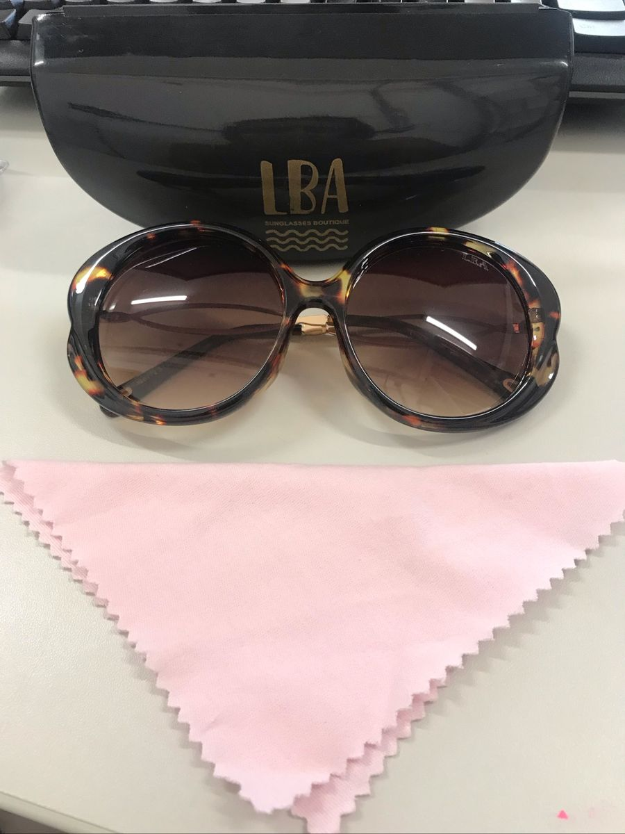 349cc54f8 óculos de sol lba - óculos lba.  Czm6ly9wag90b3muzw5qb2vplmnvbs5ici9wcm9kdwn0cy83nzyyoti4lzuzodmyywy5odq3ywflzdq2odrknje3ywq2zmqyytlmlmpwzw