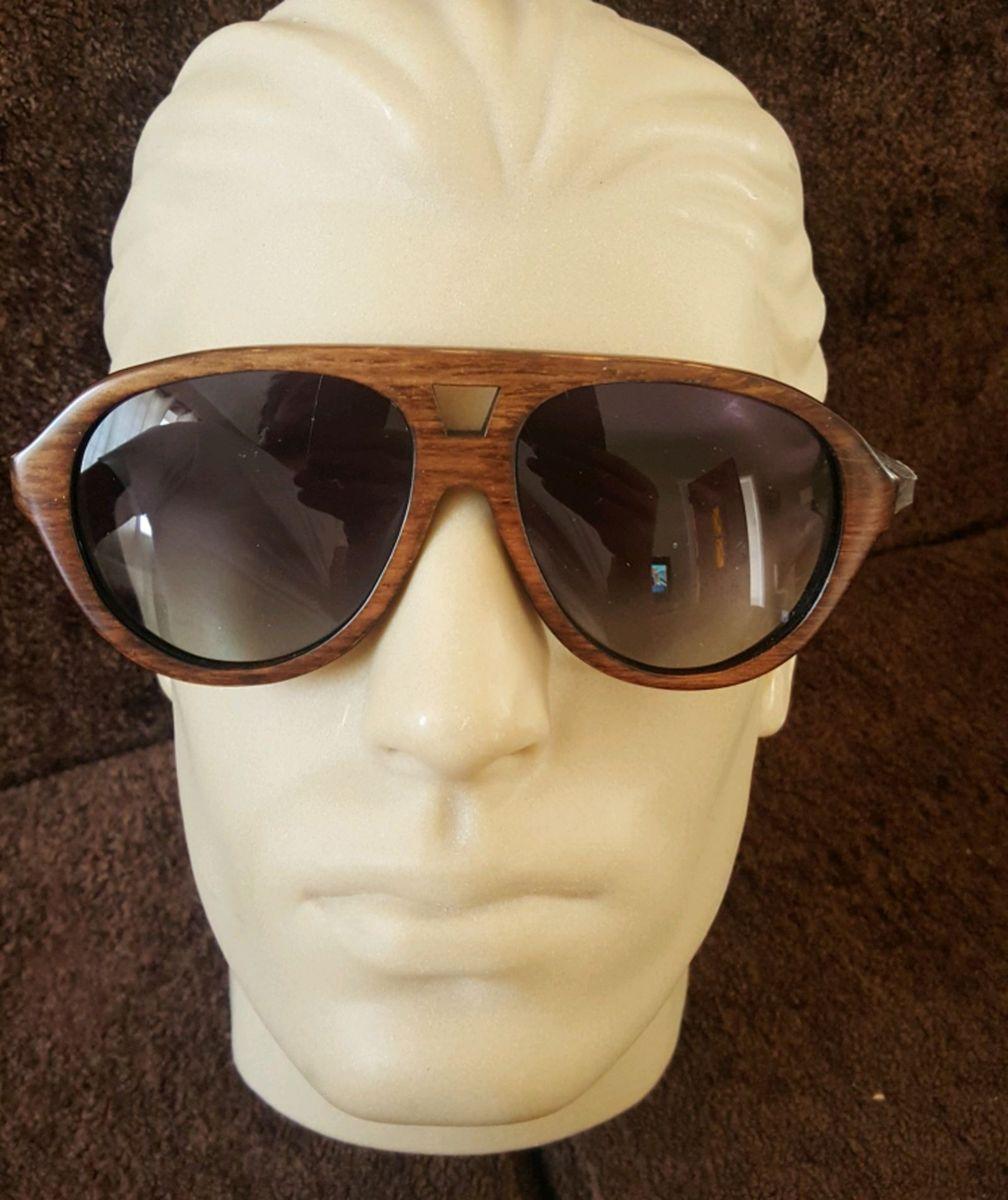 b9b243693a617 oculos de sol madeira - óculos pau brasil.  Czm6ly9wag90b3muzw5qb2vplmnvbs5ici9wcm9kdwn0cy83mda0mjivmgm3mjiyndiynjbkyzzingzlngy3mzu5yji4otqxmgiuanbn  ...
