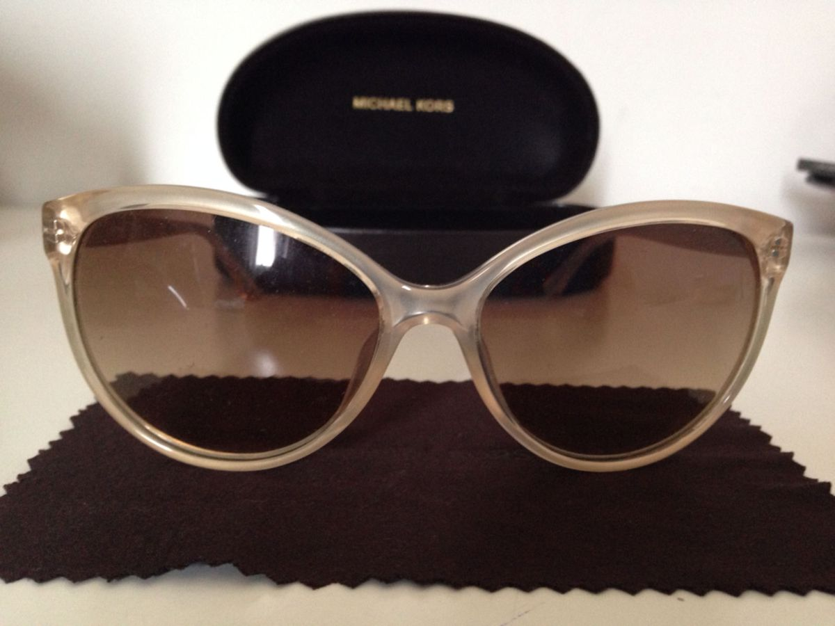 crosby - óculos michael kors.  Czm6ly9wag90b3muzw5qb2vplmnvbs5ici9wcm9kdwn0cy80nzgyntgvywy4zdqymzfjztdiy2q2mdgwogrinwqwzme4nzexzdkuanbn  ... 7ff69f7435