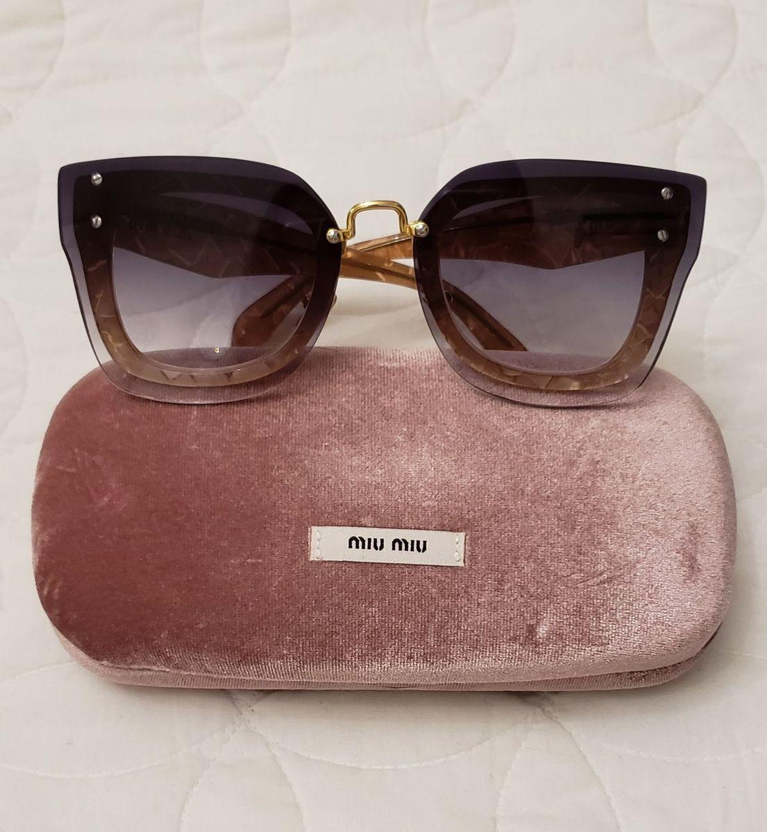 óculos de sol miu miu - óculos miu-miu.  Czm6ly9wag90b3muzw5qb2vplmnvbs5ici9wcm9kdwn0cy81otexmda5lzk3owqyzgmyoda1odg1ymy0odhinwi5ndbkmmu2mzzllmpwzw  ... 87196556b9