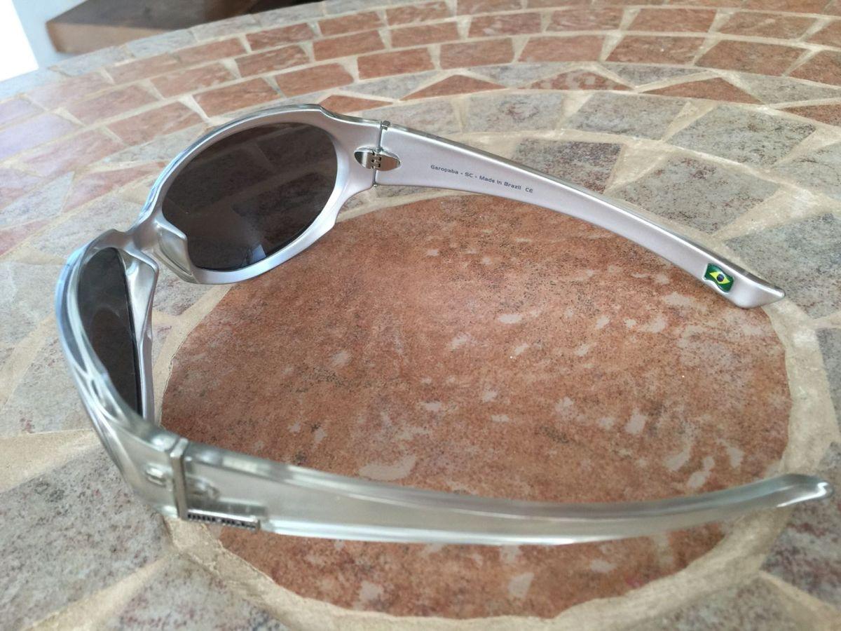 0f214ab61 Óculos de Sol Mormaii Prata com Lente Espelhada | Óculos Feminino Mormaii  Nunca Usado 29307474 | enjoei