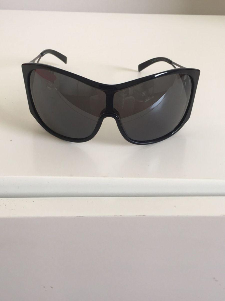 e157e99590ffe óculos de sol original yves saint laurent - óculos yves-saint-laurent
