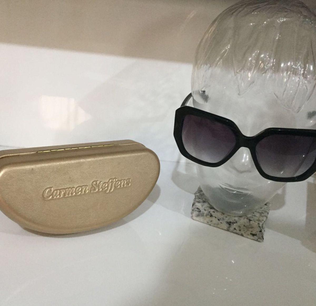 cca6bf46199d2 óculos de sol original - óculos carmen steffens.  Czm6ly9wag90b3muzw5qb2vplmnvbs5ici9wcm9kdwn0cy83mdq3mzeyl2jloda0mjizyta2njq0zwuxzda2ntzmmmvlmdgxmgfklmpwzw  ...