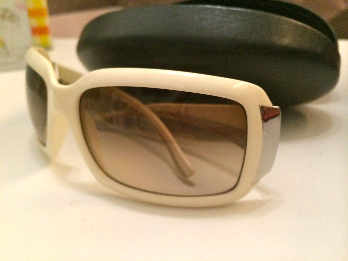 f2d0ae0d51343 Óculos de Sol Prada   Óculos Feminino Prada Usado 1145348   enjoei