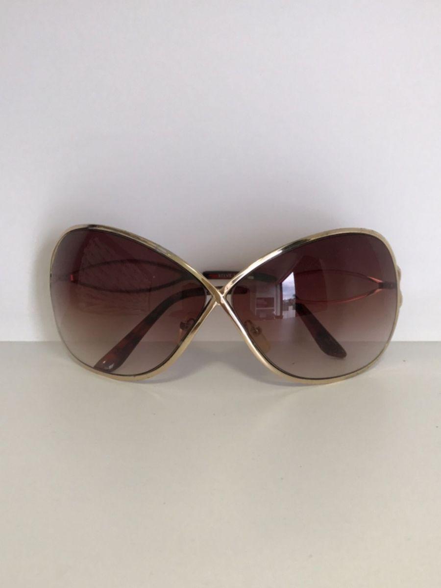 f7ca5ee19 óculos de sol steve madden - óculos steve madden.  Czm6ly9wag90b3muzw5qb2vplmnvbs5ici9wcm9kdwn0cy85njgwoduvztfknjkzymzizjewngi5mtezy2iwmwq2njc3ngrim2quanbn