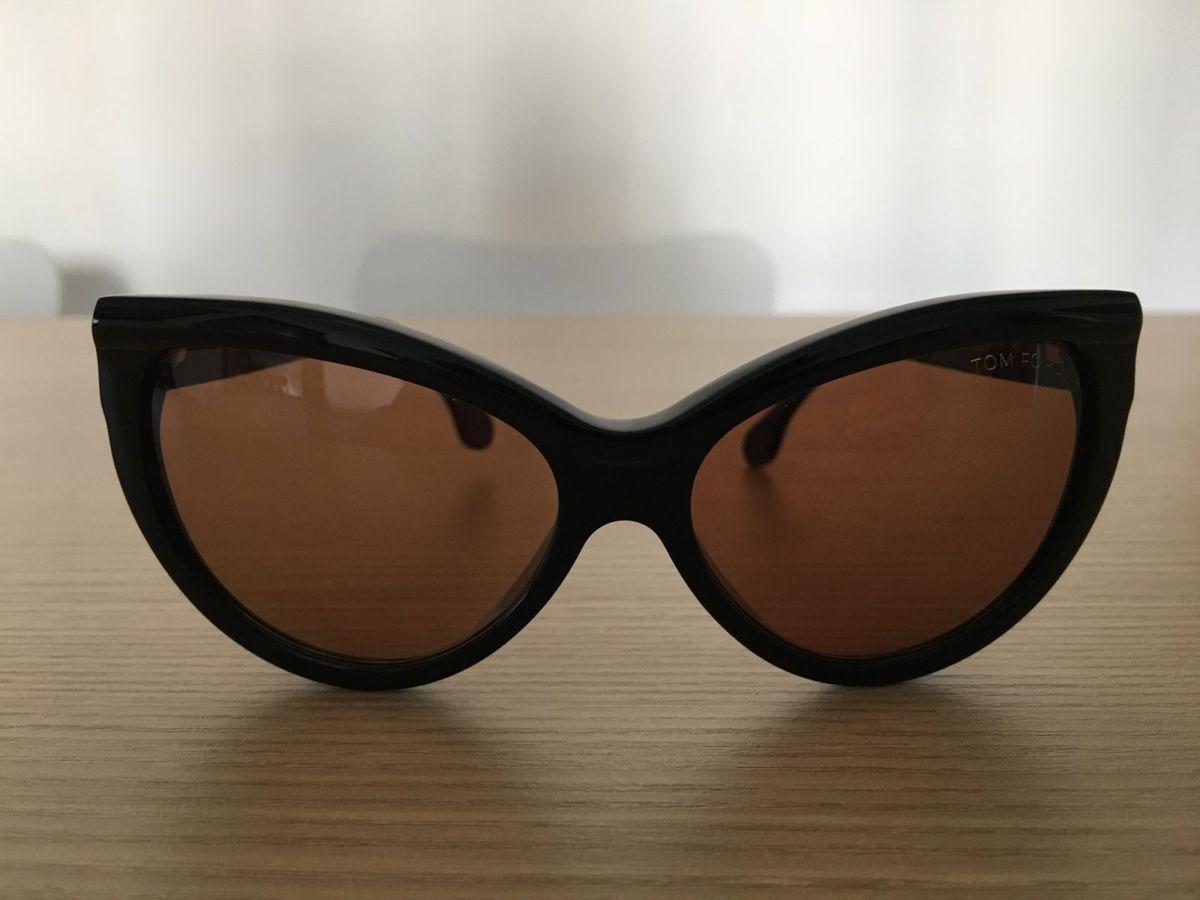 2e04d708acc60 óculos gatinho tom ford - óculos tom ford.  Czm6ly9wag90b3muzw5qb2vplmnvbs5ici9wcm9kdwn0cy81nzq5nte2lzvhythiyzniymu4nze1yjzmm2e4yjc5otyyymm5mjuylmpwzw  ...