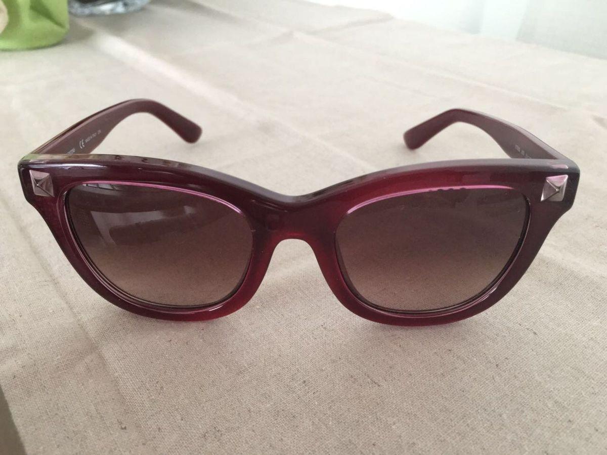 Óculos de Sol Valentino - Modelo com Stud V706s   Óculos Feminino ... 2090ac1900