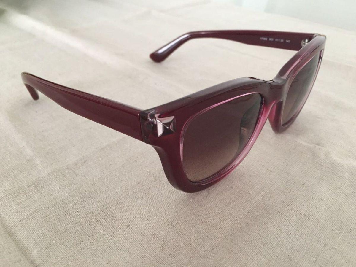 Óculos de Sol Valentino - Modelo com Stud V706s   Óculos Feminino Valentino  Nunca Usado 21817141   enjoei 26bc1848ef