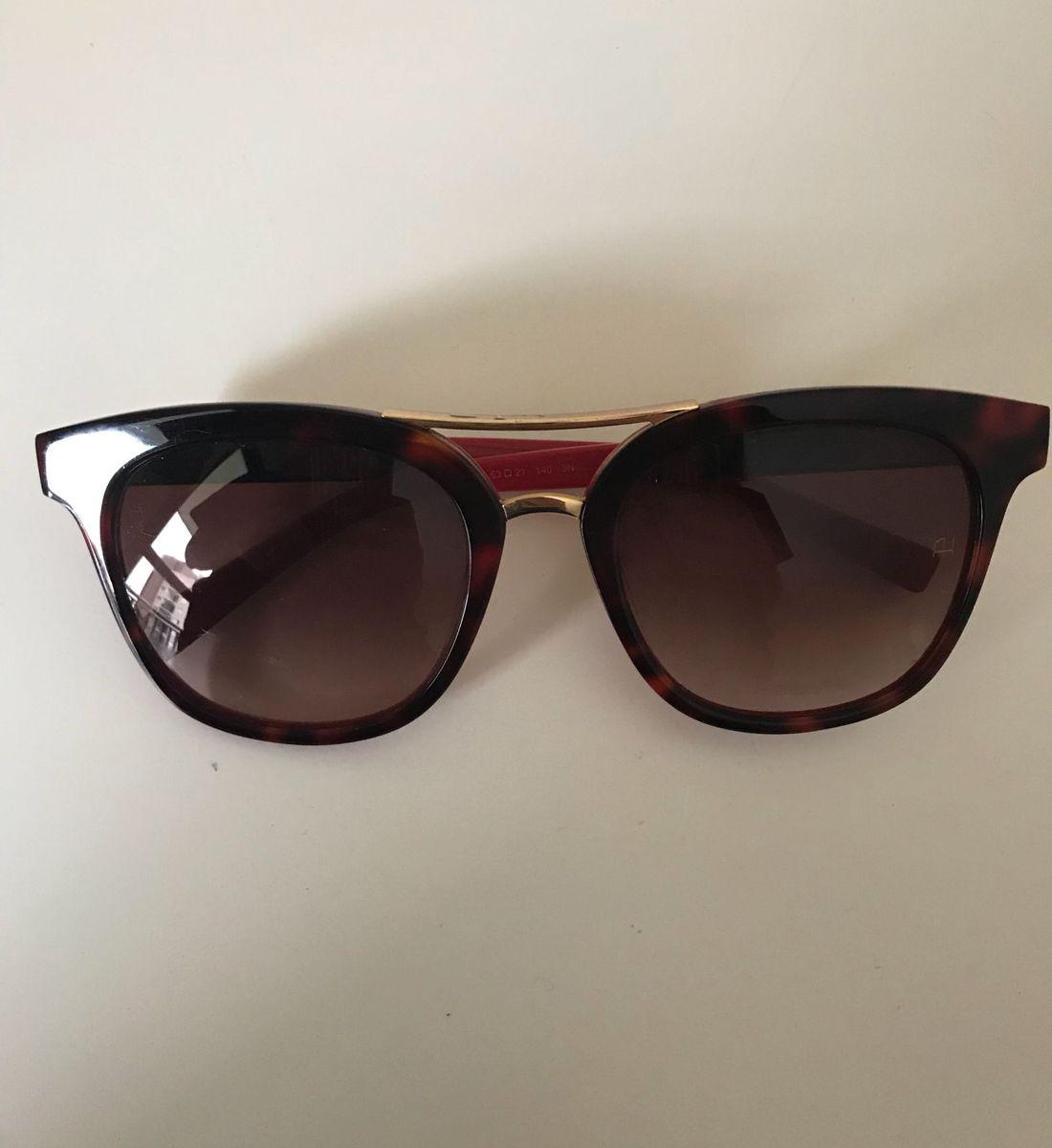 óculos de sol vermelho - óculos ana hickmann.  Czm6ly9wag90b3muzw5qb2vplmnvbs5ici9wcm9kdwn0cy8xmdg2odgvnzizowy1mzy2mtg1odu1ntrintmwzmi3mzdmmdyzmtkuanbn  ... f7cb37eb03