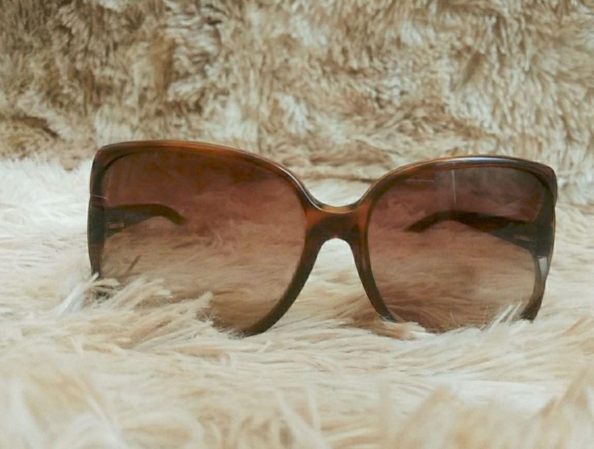 d279aab6b oculos de sol vogue original - óculos vogue.  Czm6ly9wag90b3muzw5qb2vplmnvbs5ici9wcm9kdwn0cy8xmda0ndq0ms9kytg2mja4owi0ztu1mtcyyzk1ntu0otyznzg4mjy5my5qcgc