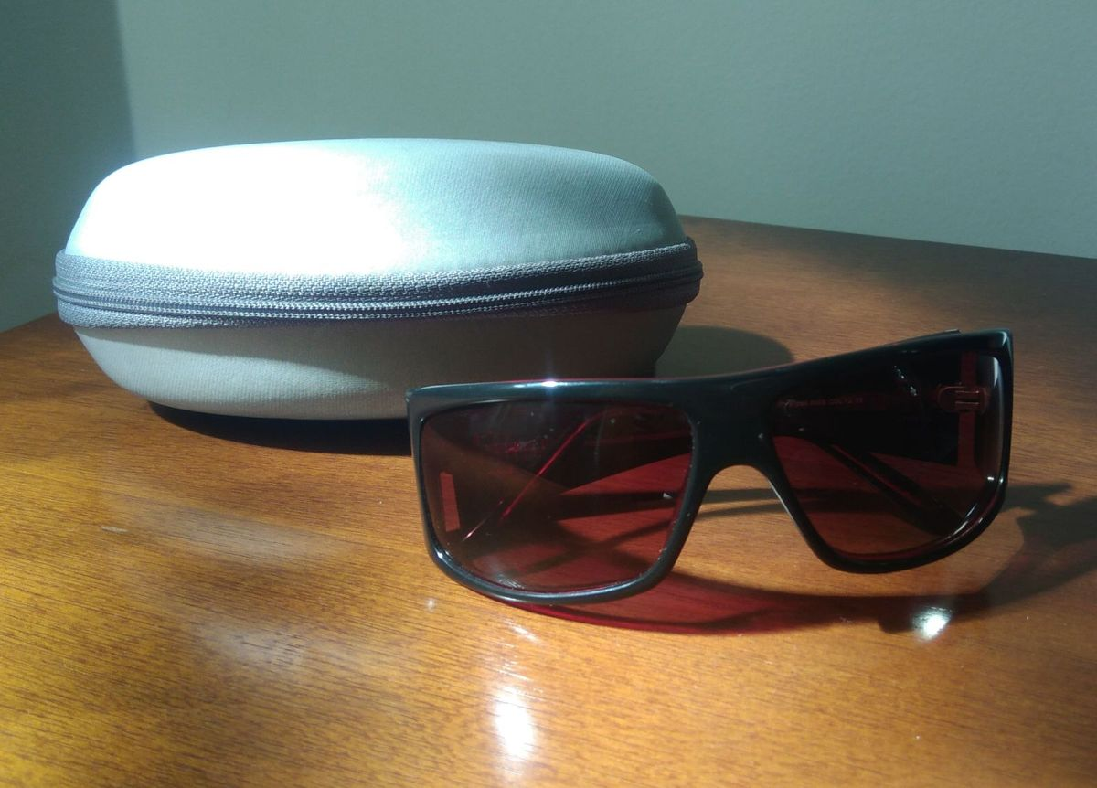 1dc06281941f8 óculos de sol - óculos luciana gimenez.  Czm6ly9wag90b3muzw5qb2vplmnvbs5ici9wcm9kdwn0cy82ndg3mdy1lza2zte4ytgwymrim2rjmzvjzju0mjfkodjjntawmjk5lmpwzw  ...