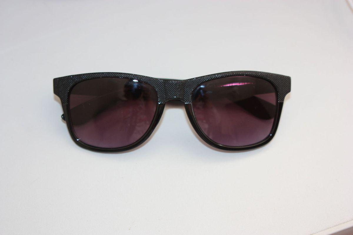 óculos de sol - óculos c a.  Czm6ly9wag90b3muzw5qb2vplmnvbs5ici9wcm9kdwn0cy83mti2nzqwlzhmzti1zdkymmy3zdgyowzkntc1ntlkndhizgu2zjmylmpwzw  ... 43990d7875