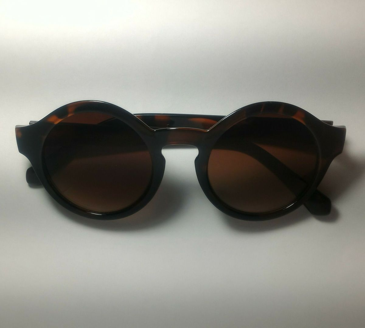 óculos de sol - óculos c-e-a.  Czm6ly9wag90b3muzw5qb2vplmnvbs5ici9wcm9kdwn0cy84otg5nzc3lzhmzjnkmdjizwmymziyntbhzmmwyja5mjy0ztbiythllmpwzw  ... 40e1429b2b