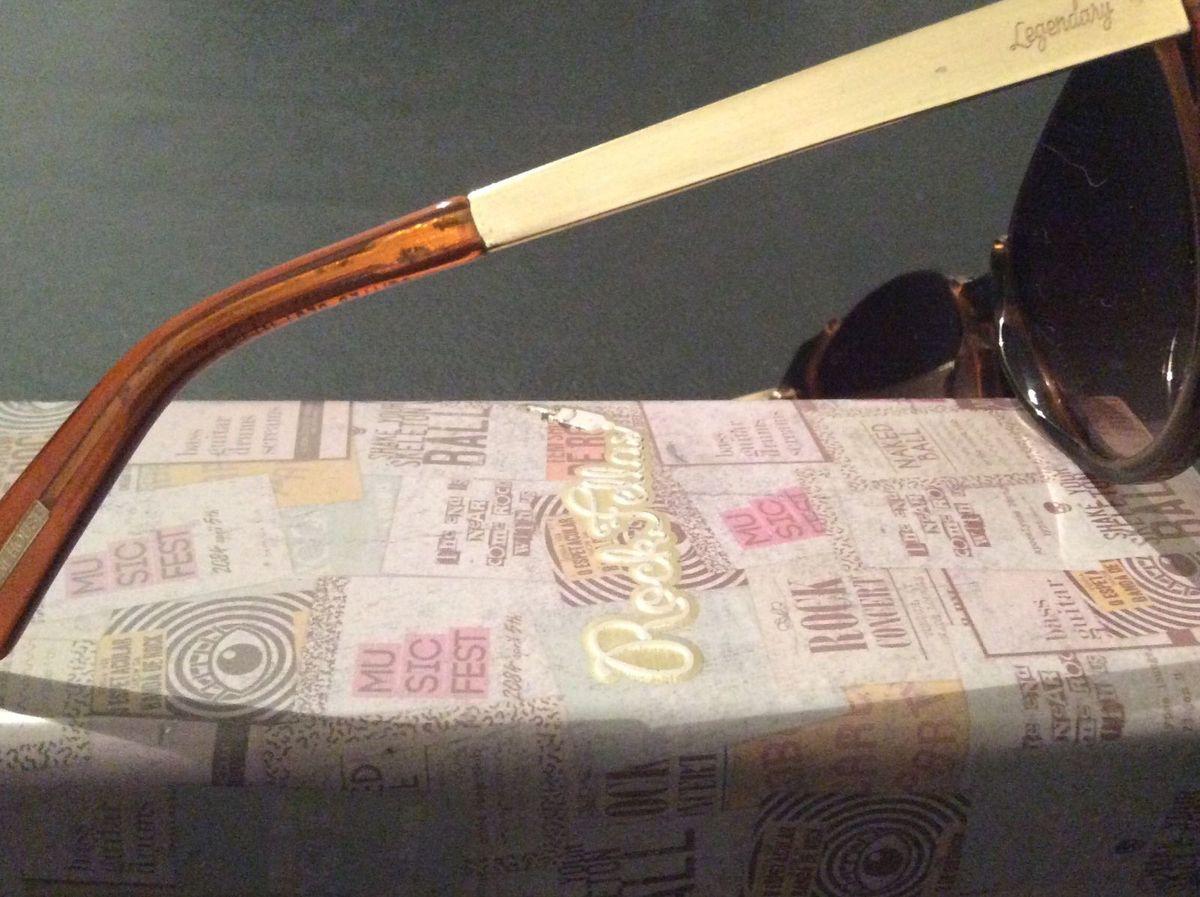 34829e8345a Óculos Edição Limitada Amy Wine House