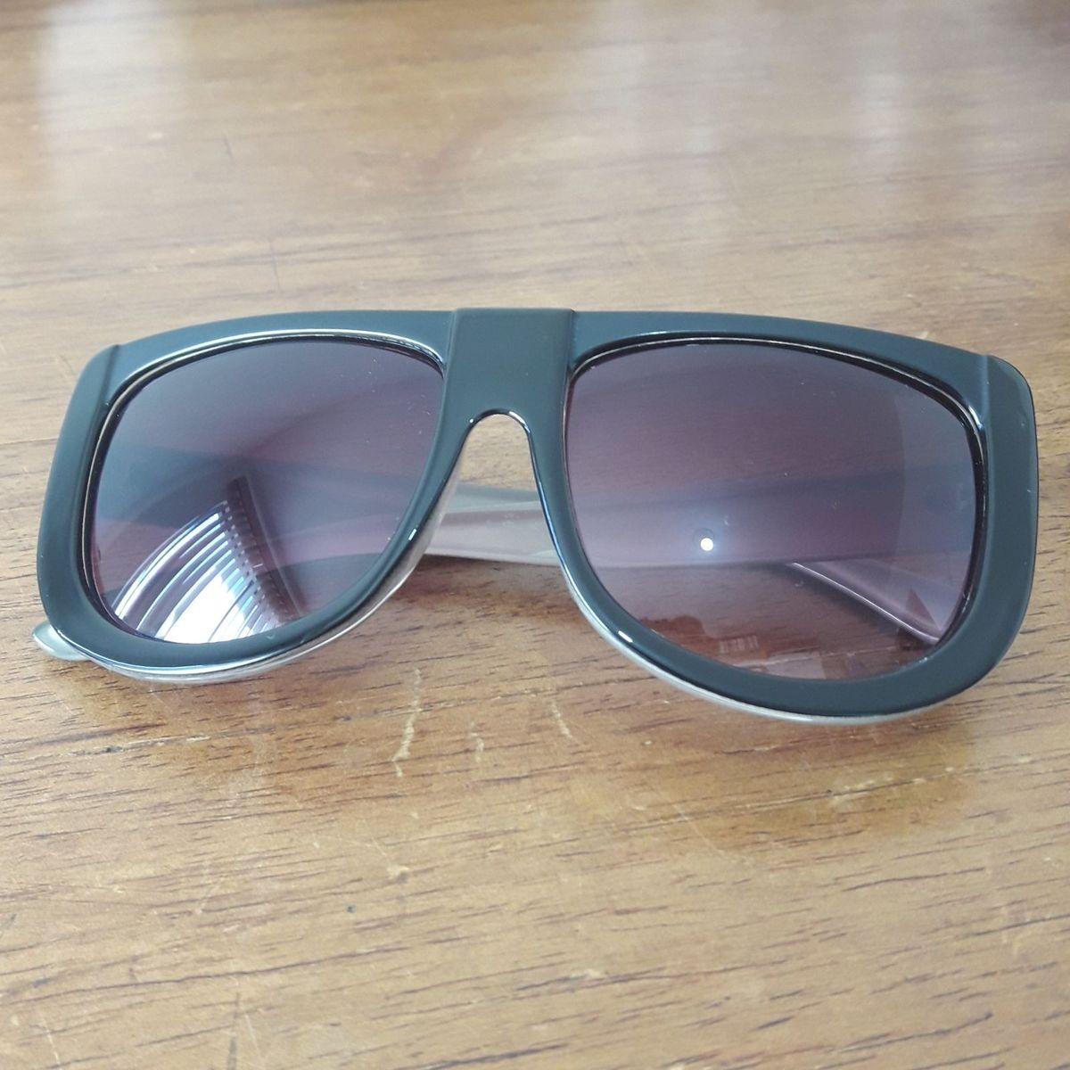 71c6efecc6bed Óculos Estiloso - Unissex