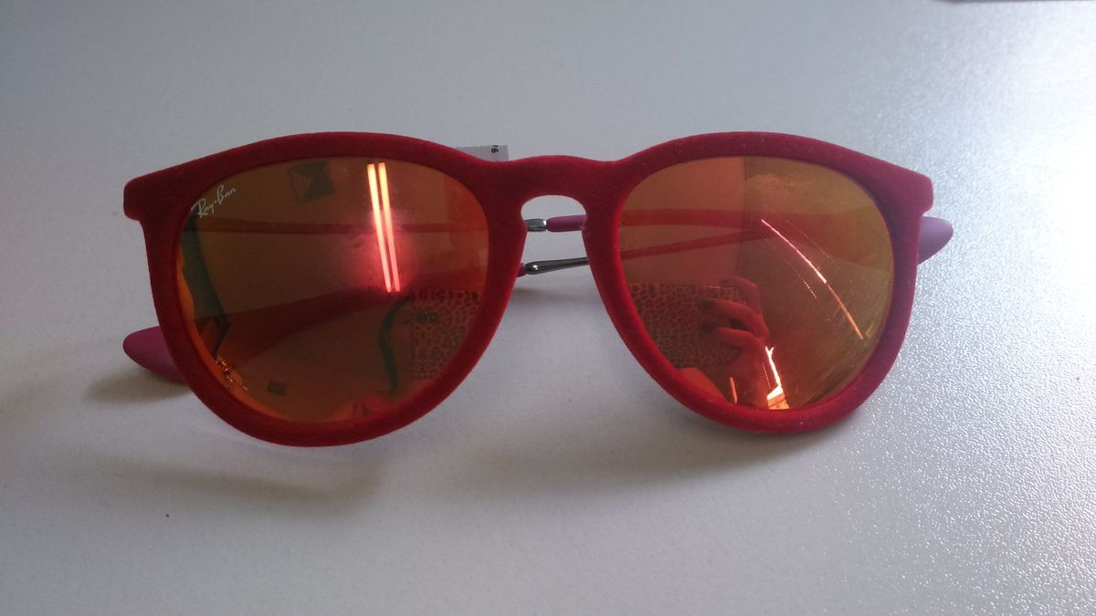 óculos feminino rayban original, modelo erika de veludo vermelho com lente  espelhada - óculos rayban a654a48a70