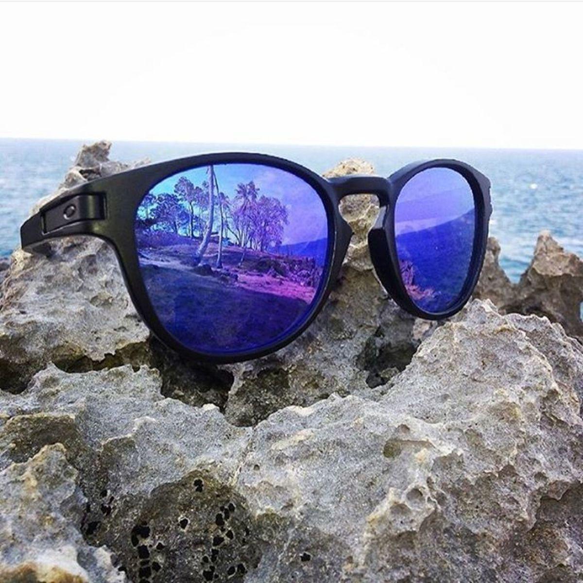 764a918500483 Óculos Modelo Latch Square Round Espelhado Azul Unissex