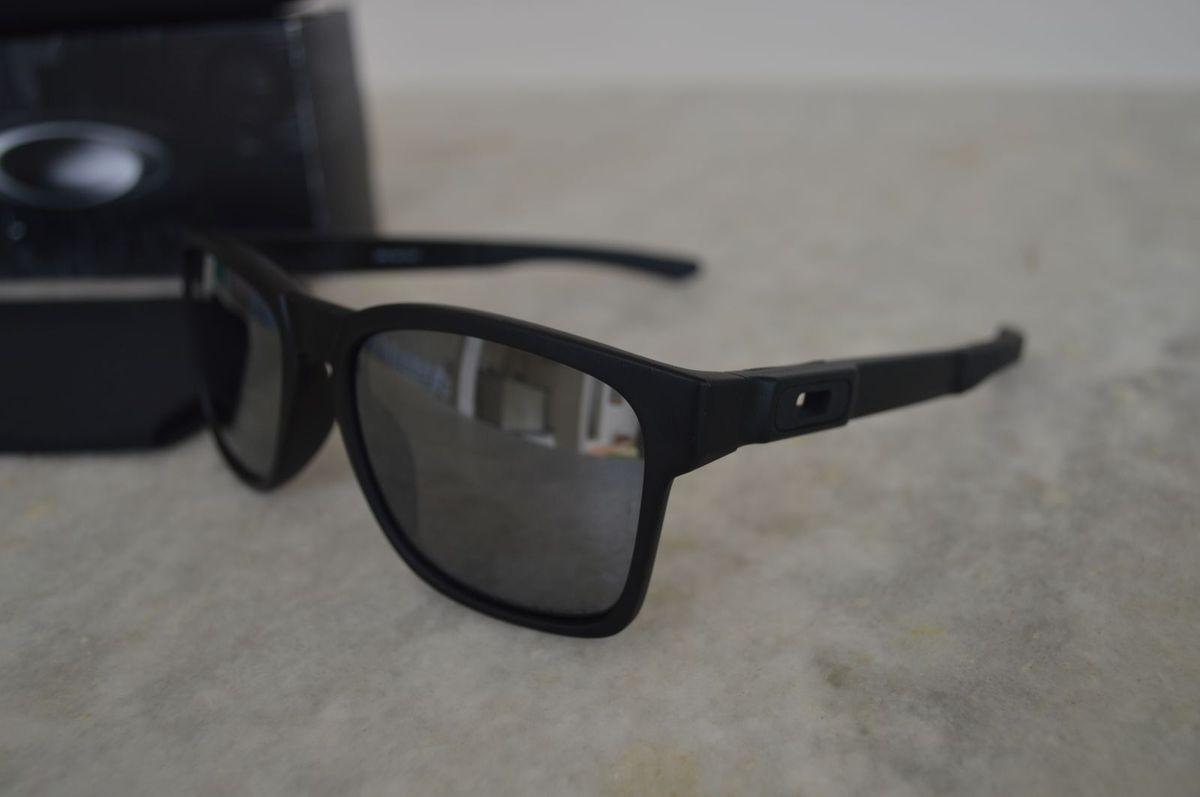 79992b1ee5cc8 Óculos Oakley Catalyst Iridium - Polarizado   Óculos Masculino ...