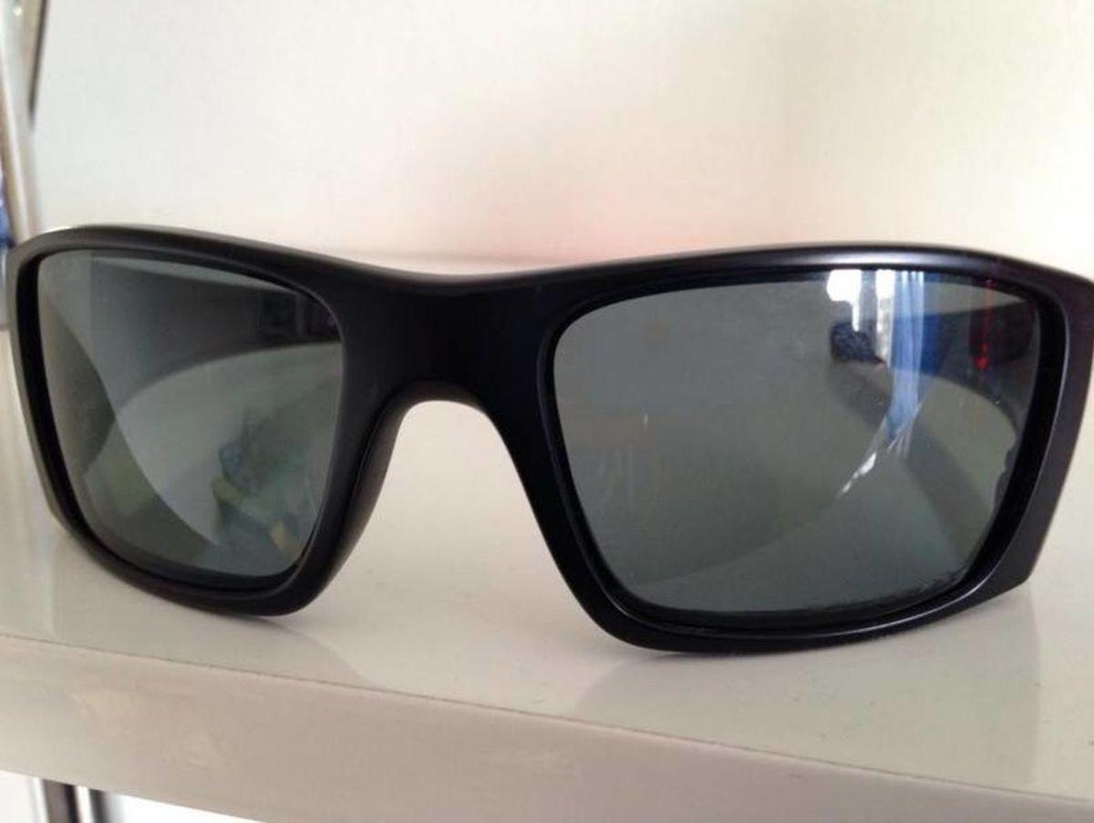 b1e4598603c75 óculos oakley fuel cell polarizado - óculos oakley.  Czm6ly9wag90b3muzw5qb2vplmnvbs5ici9wcm9kdwn0cy8yodk4ndqvnjfhyzbinmuxotewywmxnjjhytm1ztdhmmi3ota2mmmuanbn  ...