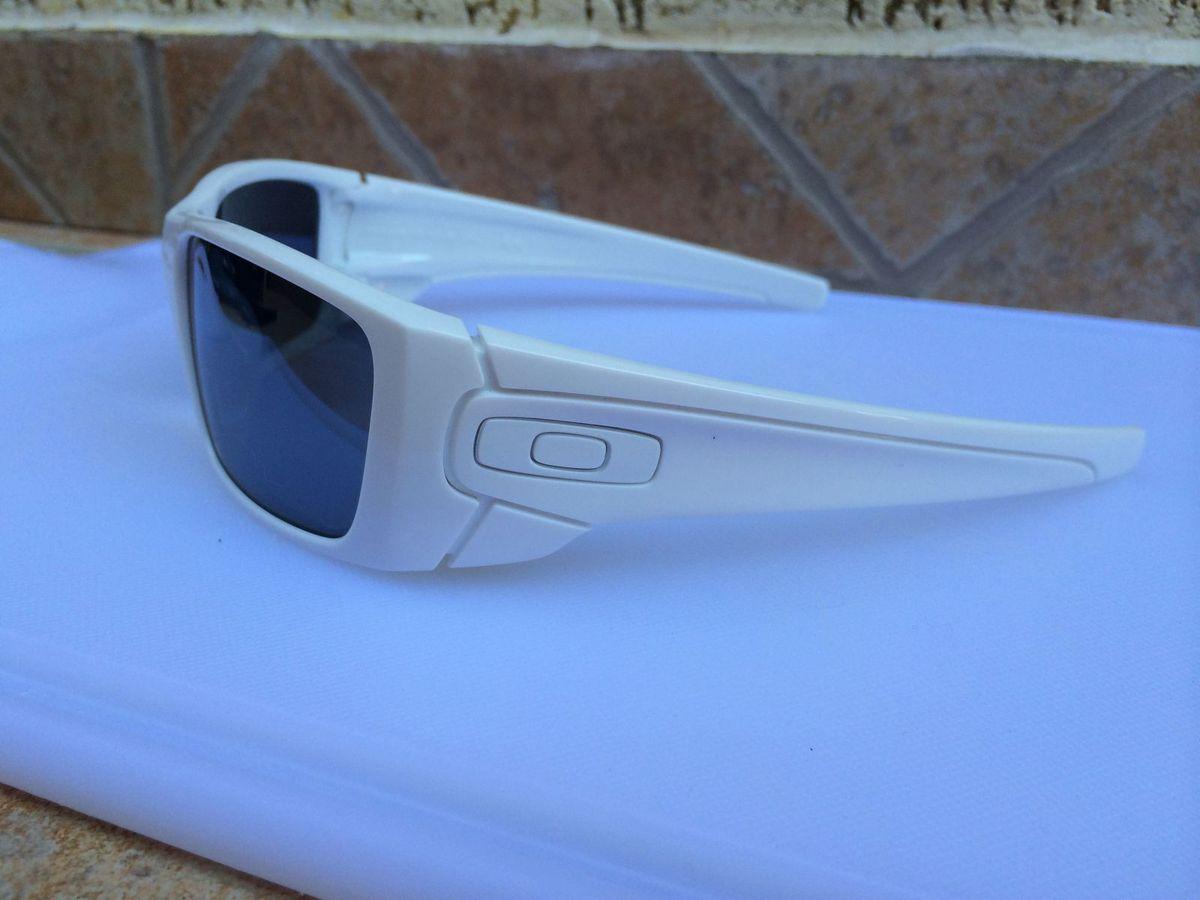 Óculos Oakley Fuel Cell Polished White Lente Black Iridium   Óculos  Masculino Oakley Nunca Usado 705555   enjoei b232687ff7