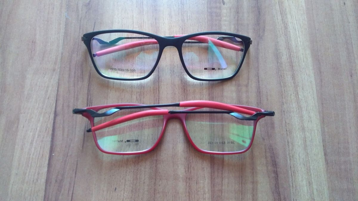 Óculos Oakley Masculino Preto e Vermelho Armação   Óculos Masculino ... 8df49a8cb3