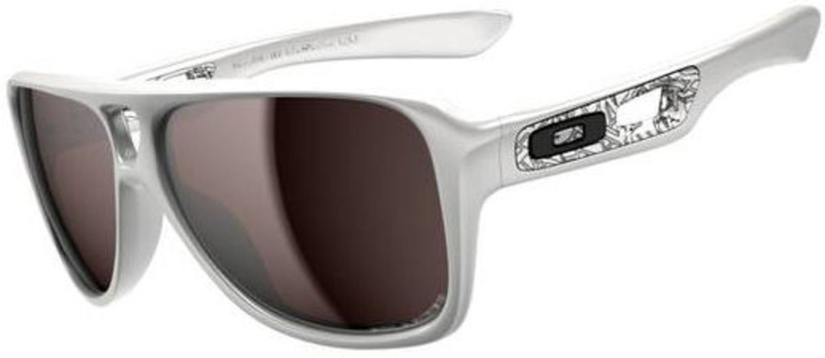 oakley dispatch 2 - óculos oakley.  Czm6ly9wag90b3muzw5qb2vplmnvbs5ici9wcm9kdwn0cy8zodk4nzkvotzjyzeymda5zwnly2y1ytrhzwvjywvhy2ringzkymiuanbn 45a7df2028