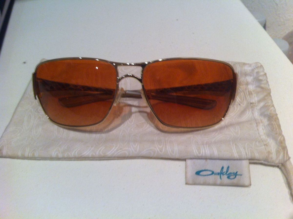 7661ab5116af2 óculos de sol oakley - impatient - óculos oakley.  Czm6ly9wag90b3muzw5qb2vplmnvbs5ici9wcm9kdwn0cy8zmjyymjevnjq1mgjknjlkyze5mmy2mdq5mme1nwm2mja4mtazmjyuanbn